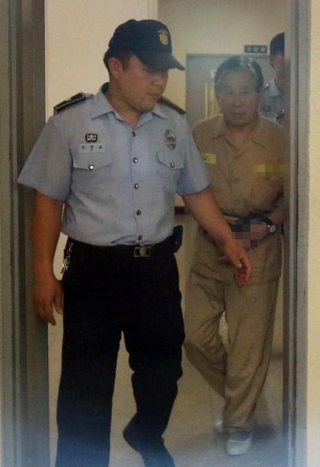 Vụ chìm phà Sewol 304 người chết: Giám đốc lãnh bảy năm tù - ảnh 1