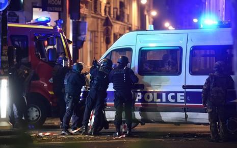 Khủng bố đẫm máu ở Paris: Tại sao Pháp liên tục là mục tiêu? - ảnh 1