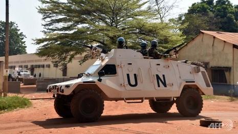 Lính EU bị tố tấn công tình dục trẻ em châu Phi - ảnh 1