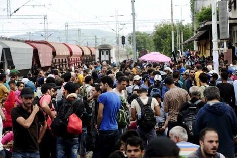 NATO cáo buộc Nga 'vũ khí hóa' người nhập cư châu Âu   - ảnh 1