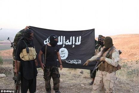 IS bán tội tạng của lính IS để kiếm tiền - ảnh 1