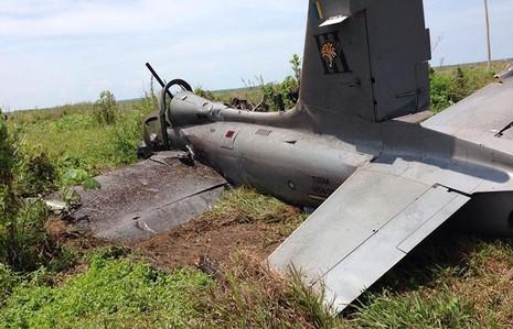 Máy bay quân sự rơi khi đang tham gia huấn luyện - ảnh 1