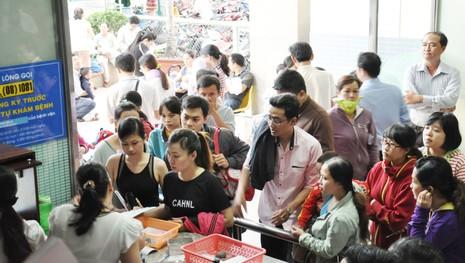 Cơn lốc vaccine đã cuốn tới Sài Gòn  - ảnh 15