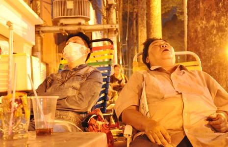 Cơn lốc vaccine đã cuốn tới Sài Gòn  - ảnh 6