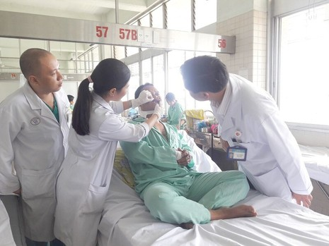 Vụ trung tá Campuchia bắn người: Sức khỏe nạn nhân còn lại đã ổn định - ảnh 1