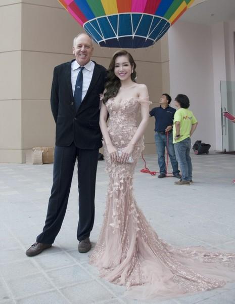 Elly Trần làm đại sứ ngày hội khinh khí cầu - ảnh 6