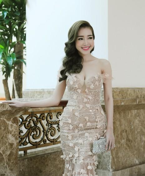 Elly Trần làm đại sứ ngày hội khinh khí cầu - ảnh 4