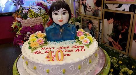 Nghệ sĩ Minh Vương tổ chức sinh nhật lớn kiểu live show - ảnh 9