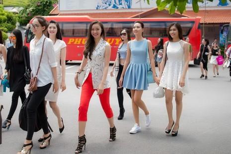 Ngắm người đẹp hai miền Nam Bắc hội ngộ tại 'Hoa hậu Việt Nam 2016' - ảnh 6