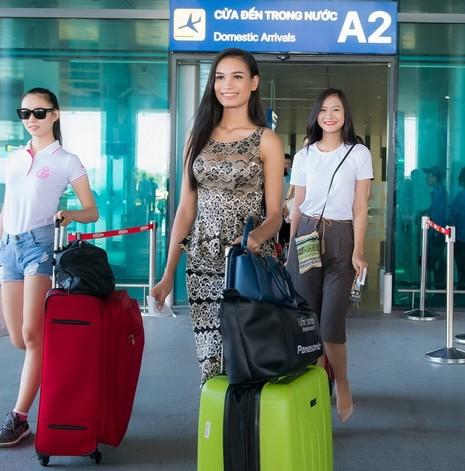Ngắm người đẹp hai miền Nam Bắc hội ngộ tại 'Hoa hậu Việt Nam 2016' - ảnh 1