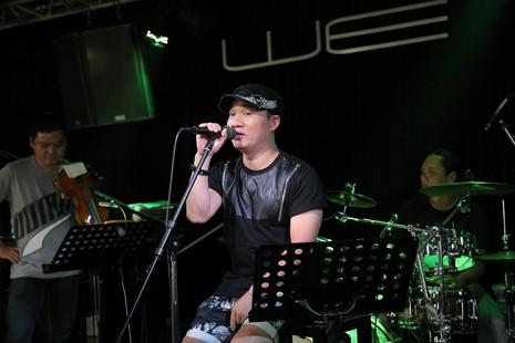 Quang Linh bất ngờ xuất hiện ở 'Duyên dáng Việt Nam 28' - ảnh 1
