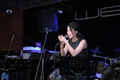 Quang Linh bất ngờ xuất hiện ở 'Duyên dáng Việt Nam 28' - ảnh 4