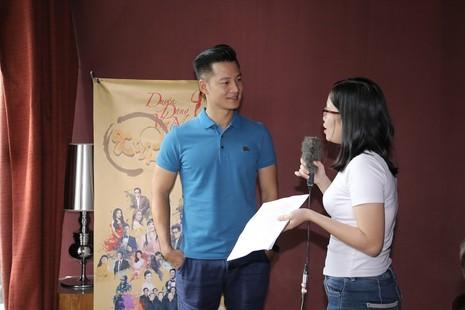 Quang Linh bất ngờ xuất hiện ở 'Duyên dáng Việt Nam 28' - ảnh 5