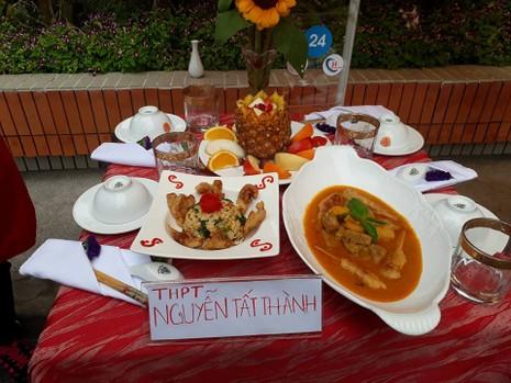Hàng trăm học sinh THPT thi nấu bếp 'xanh' đón tết - ảnh 12