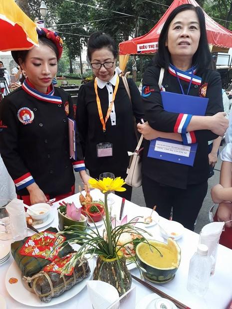 Hàng trăm học sinh THPT thi nấu bếp 'xanh' đón tết - ảnh 4