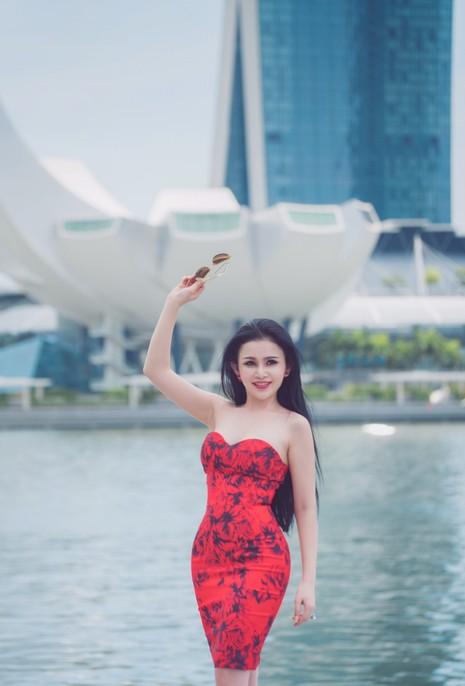 Hoa hậu Janny Thủy Trần đến Singapore đóng phim - ảnh 4