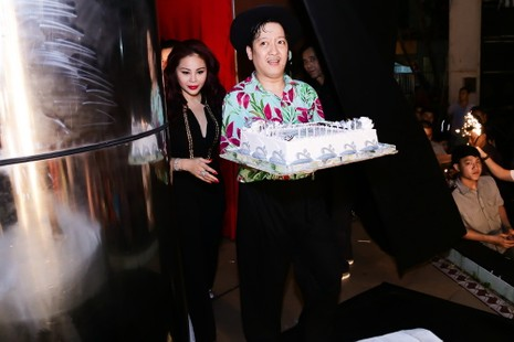"""Trấn Thành mừng sinh nhật cùng """"Sui gia bá đạo"""" - ảnh 3"""