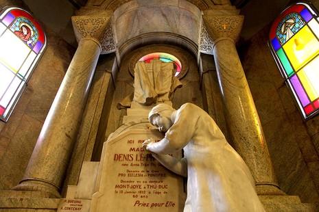 Hạnh Thông Tây - nhà thờ cổ 'độc nhất vô nhị' - ảnh 17