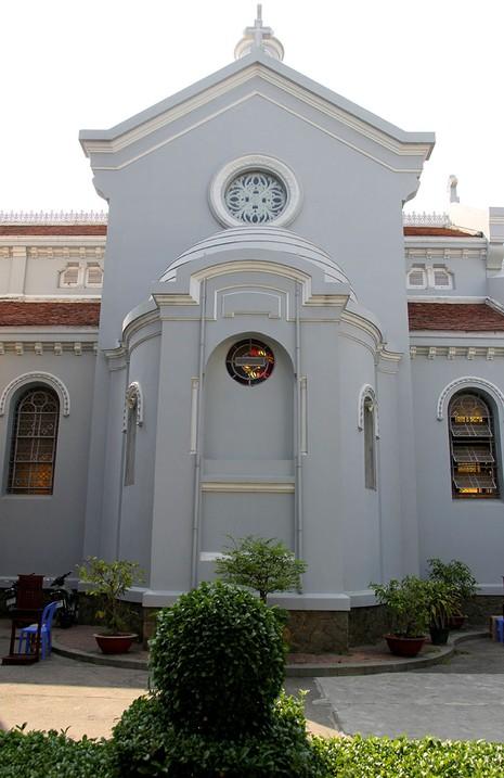 Hạnh Thông Tây - nhà thờ cổ 'độc nhất vô nhị' - ảnh 5
