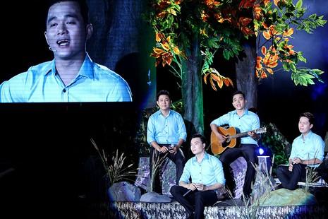 Nguyên Bí thư Thành ủy Lê Thanh Hải cùng hát với thanh niên xung phong - ảnh 14