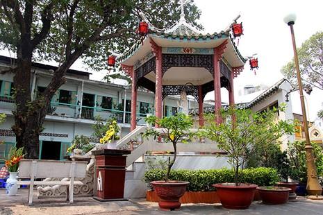Khám phá nhà thờ trên 100 tuổi của người Hoa ở Sài Gòn - ảnh 4