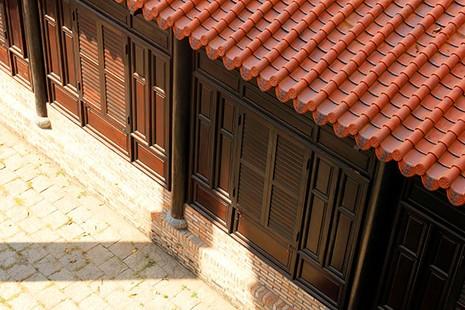 Cận cảnh ngôi nhà cổ hơn 200 tuổi giữa lòng thành phố - ảnh 5