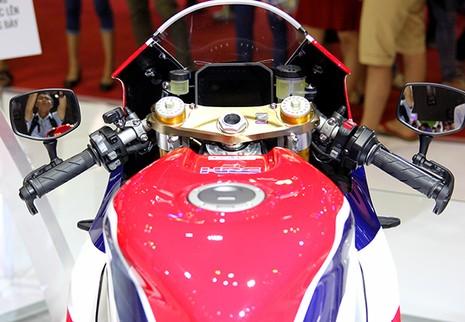 Siêu mô tô giá 5,5 tỉ đồng gây 'bão' tại Vietnam Motorcycle Show - ảnh 5
