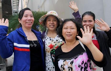 Người Sài Gòn đổ xô đi 'xem mặt' Tổng thống Obama - ảnh 7