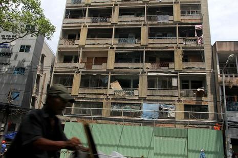 Bên trong chung cư 'ma' sắp được tháo dỡ giữa trung tâm thành phố - ảnh 2