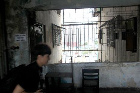Bên trong chung cư 'ma' sắp được tháo dỡ giữa trung tâm thành phố - ảnh 8