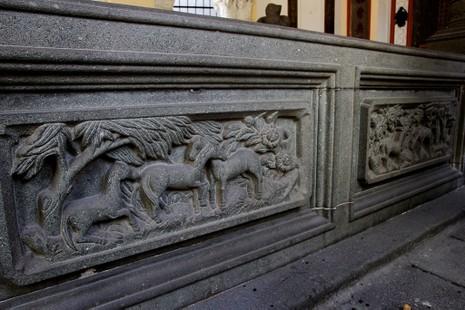 Choáng ngợp trước khu mộ cổ của vợ chồng bá hộ giàu nhất Sài Gòn xưa - ảnh 8