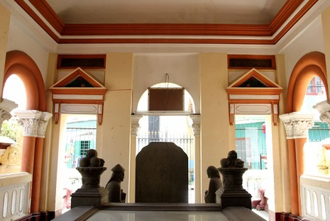 Choáng ngợp trước khu mộ cổ của vợ chồng bá hộ giàu nhất Sài Gòn xưa - ảnh 13