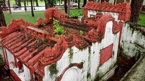 Kỳ bí khu mộ cổ hơn trăm năm trong Công viên Tao Đàn  - ảnh 9