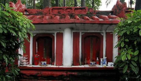 Kỳ bí khu mộ cổ hơn trăm năm trong Công viên Tao Đàn  - ảnh 6