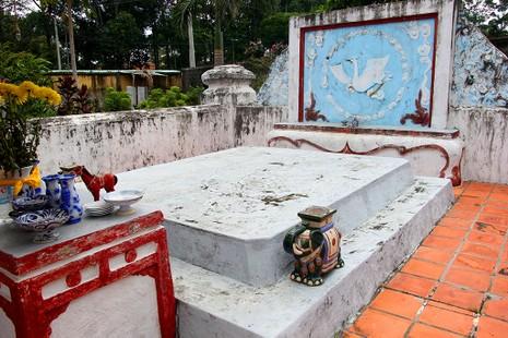 Chuyện ít biết về 3 ngôi mộ của một vị danh tướng triều Nguyễn - ảnh 8