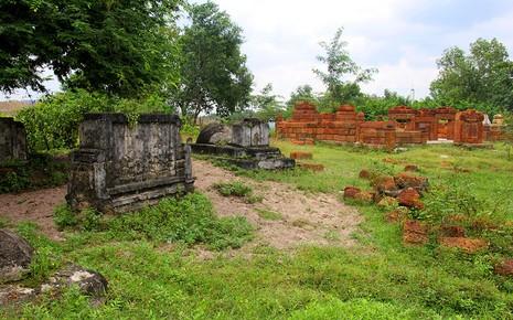 Chùm ảnh: Khu mộ cổ độc đáo gần 200 năm ở Gò Quéo  - ảnh 1
