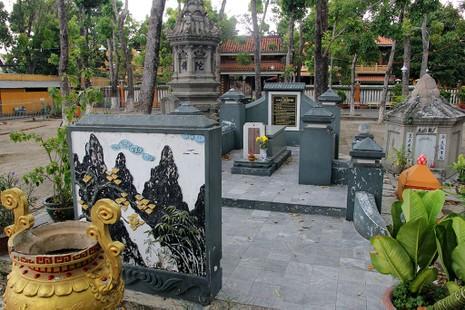 Hai lần di dời ngôi mộ cổ Thượng thư Ngô Nhân Tịnh  - ảnh 1