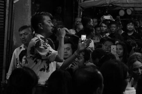 Nghệ sĩ Việt hát tiễn đưa ca sĩ Minh Thuận đến nửa đêm - ảnh 19