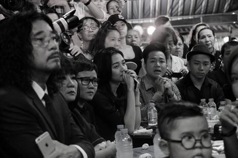 Nghệ sĩ Việt hát tiễn đưa ca sĩ Minh Thuận đến nửa đêm - ảnh 5