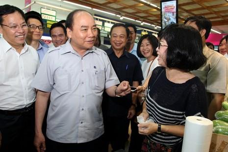 Thủ tướng bất ngờ vi hành ở TP.HCM - ảnh 4