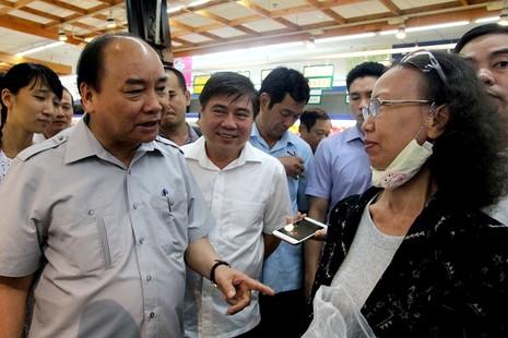 Thủ tướng bất ngờ vi hành ở TP.HCM - ảnh 9