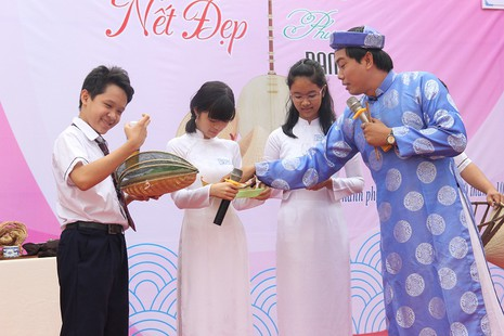 Mang bánh xèo đến trường học để nói chuyện văn hóa  - ảnh 3