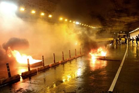Diễn tập giải cứu 30 người bị tai nạn ở hầm Thủ Thiêm - ảnh 1