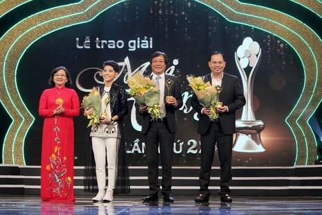 Trường Giang thắng đậm tại Mai Vàng 2016 - ảnh 9