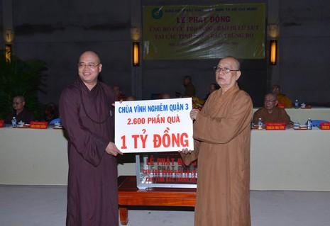 Nhiều chùa, tự viện trên địa bàn TP.HCM tham gia đóng góp