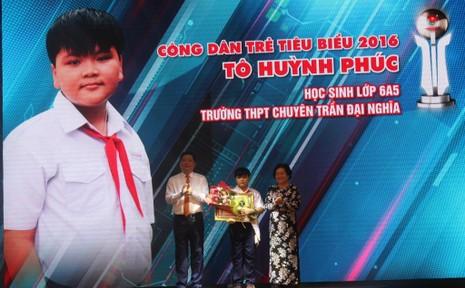 Gương công dân nhỏ tuổi nhất Tô Huỳnh Phúc