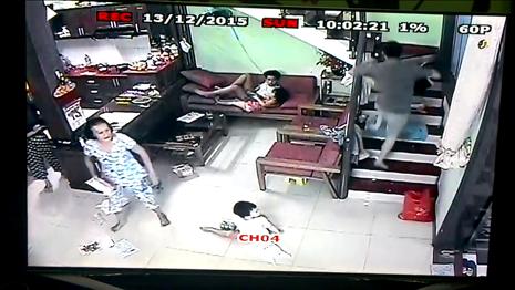 Cảnh sát nổ súng vây bắt nghi phạm bị truy nã - ảnh 3