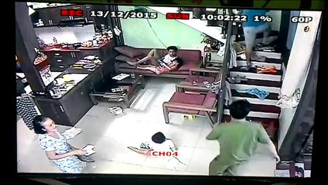 Cảnh sát nổ súng vây bắt nghi phạm bị truy nã - ảnh 2