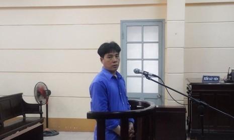 Đặng Văn Tuấn tại tòa