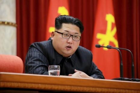 Ông Kim Jong-un chỉ đạo sẵn sàng vũ khí hạt nhân - ảnh 1